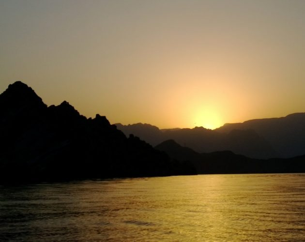 Oman-Musandam-sunset