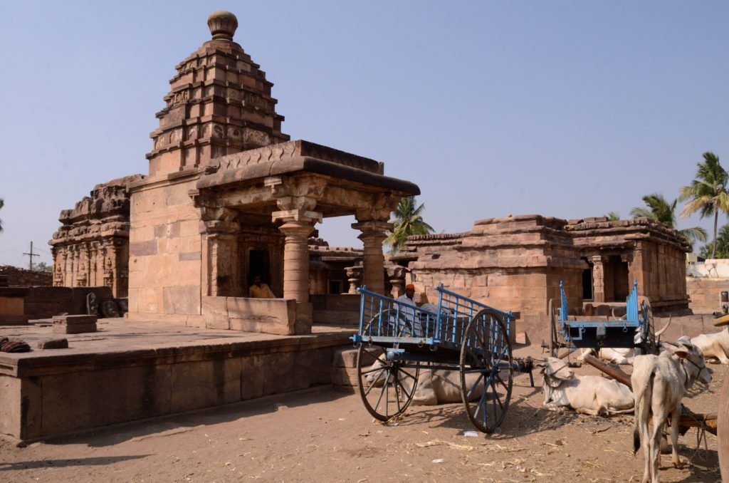 Temples of Aihole, photo of temples in Aihole, Chalukyas, heritage, temples