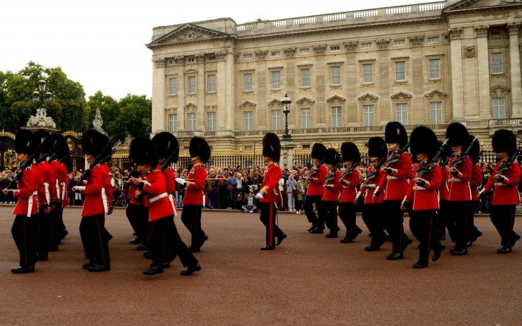 Changing of guard, Buckingham Palace