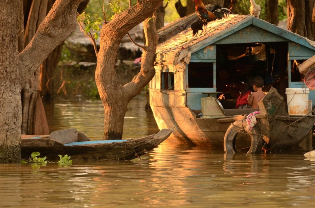 Cambodia, Tonle Sap, floating village
