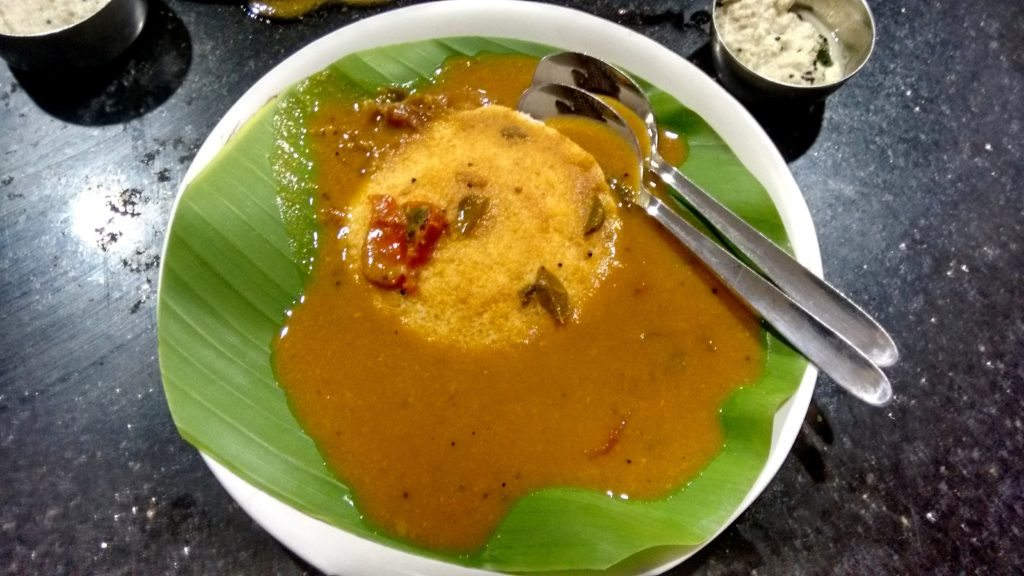 Top ten Chennai eateries , Idli sambar at Ratna cafe