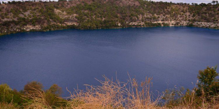 Limestone-coast-mount-gambier-blue-lake
