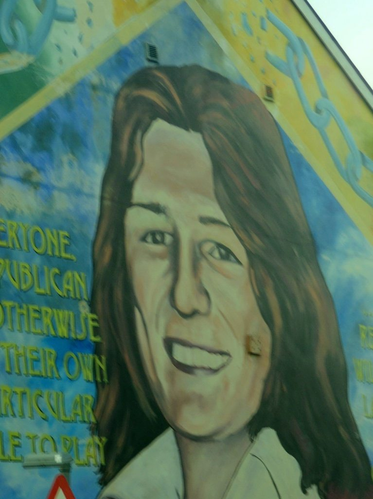 Belfast-murals-faces-politics