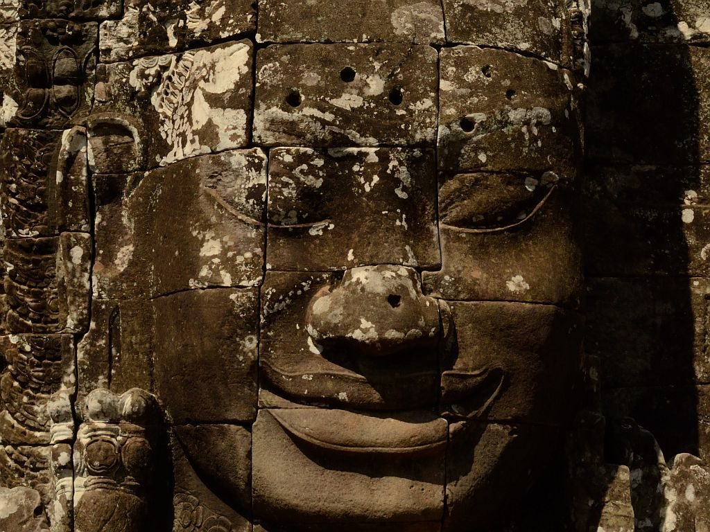 the 200 faces of Bayon in Angkor