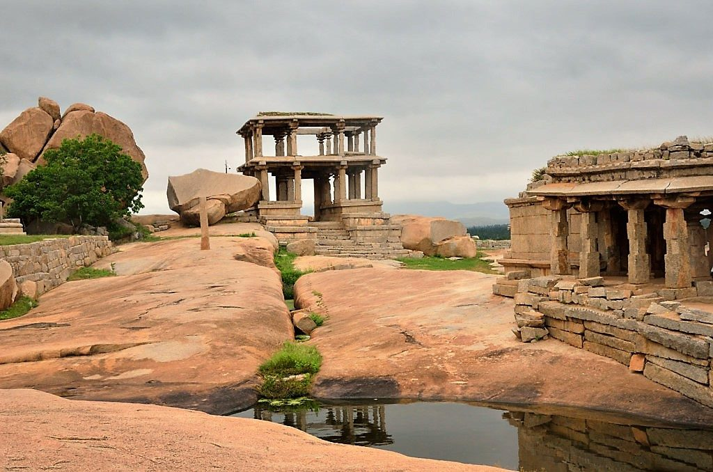 Hemakuta Hill is one of the place to visit in Hampi