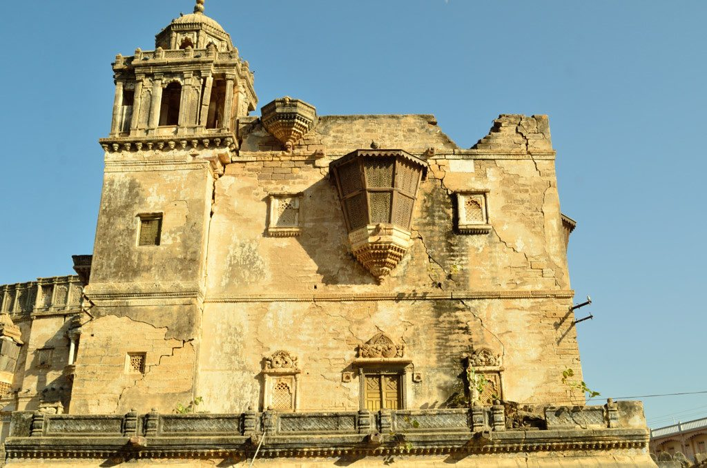 Bhuj, Prag Mahal, places to visit in Bhuj Kutch
