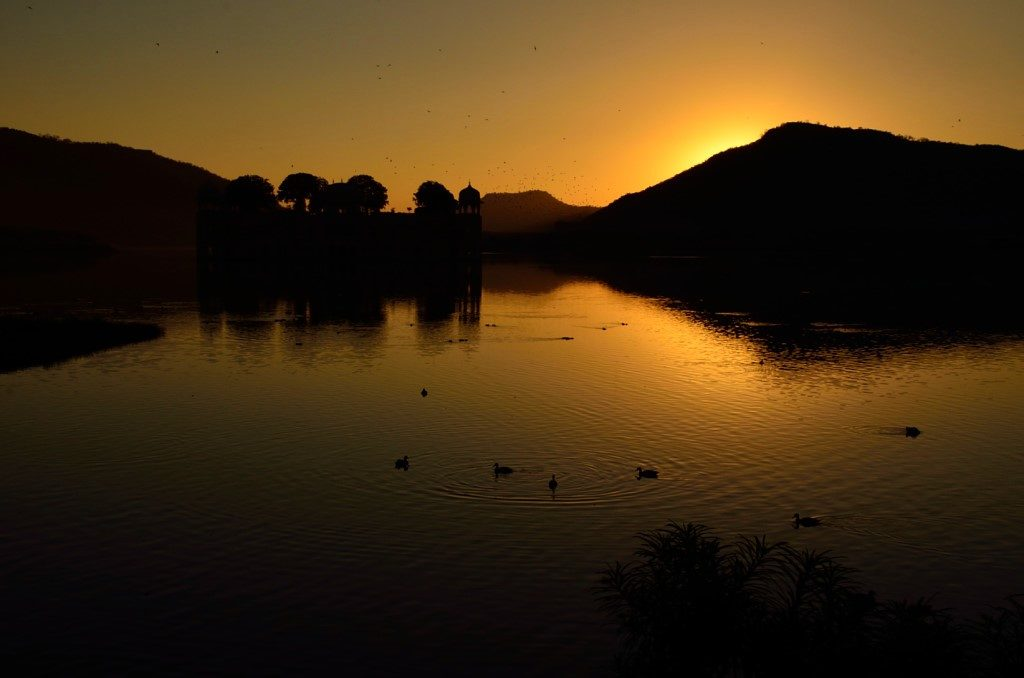 Sunrise - Jal Mahal in Rajasthan