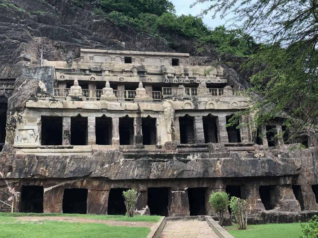 Undavalli Caves, Places to see in Vijayawada, tourist places near Vijayawada, things to do in Vijayawada, Vijayawada sightseeing places